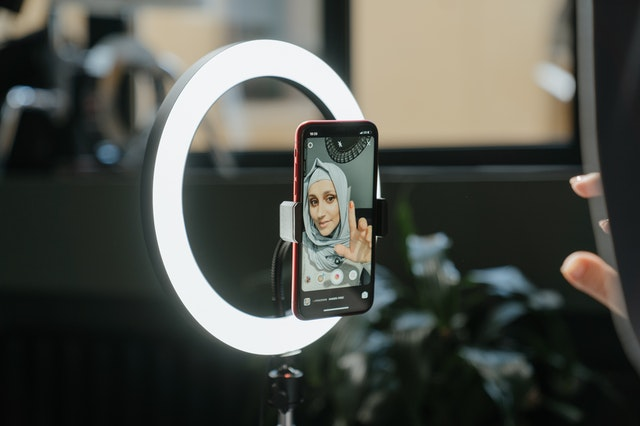 Best Gift for Girlfriend in India - Selfie Ring Light and Selfie stick