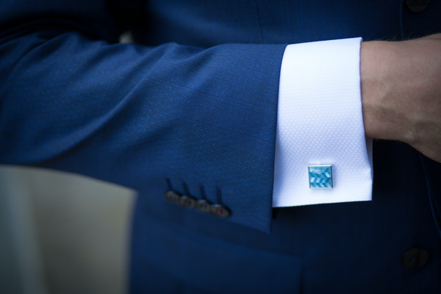 Best Useful Gift Ideas For Your Boyfriend - Cufflinks and Tie